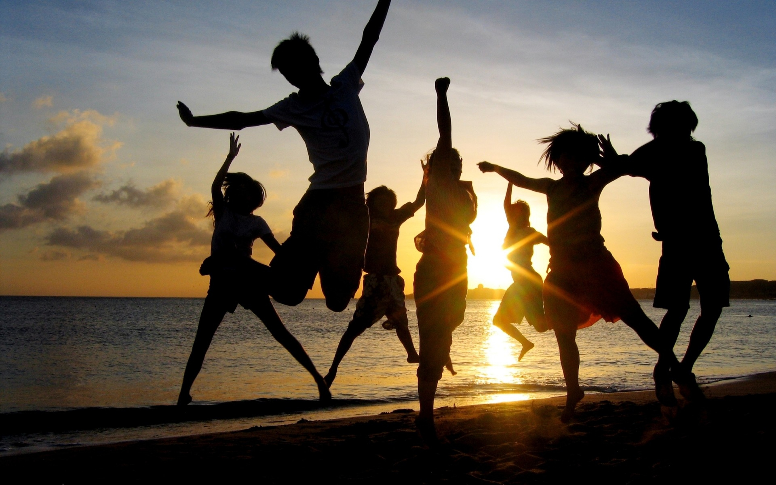 jump_people_happiness_light_sunset_85137_2560x1600